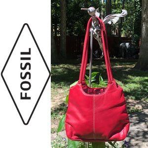 🎈NEW LISTING! Fossil Genuine Leather Shoulder Bag
